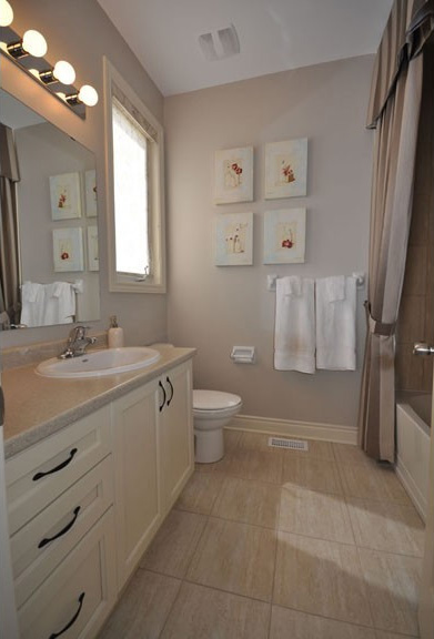 Equinox Loft Homes Full Bathroom