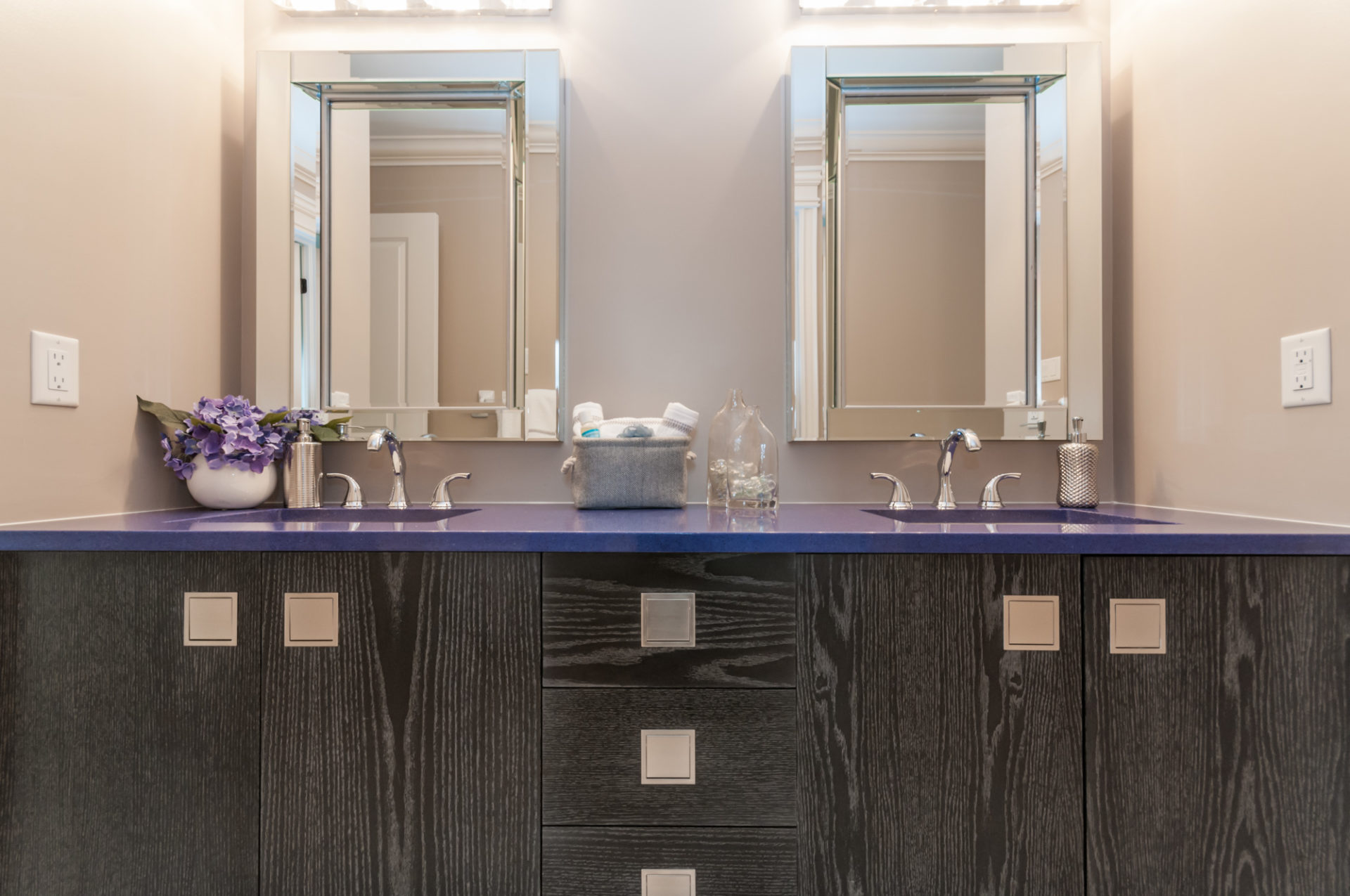 Platina Washroom with Gorgeous Living and Dining Room