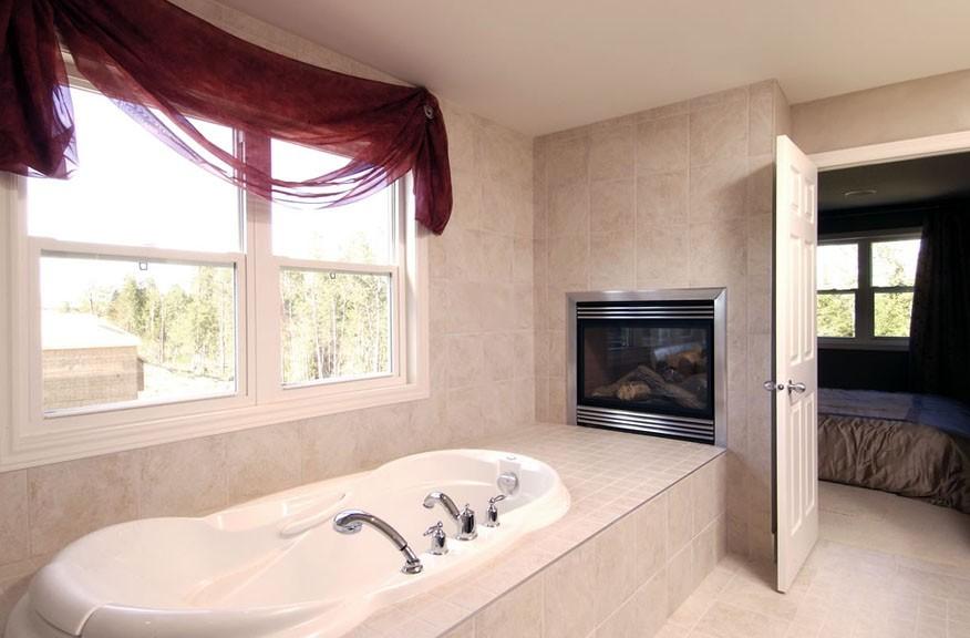 Cheasapeake Home Bathroom Bathtub